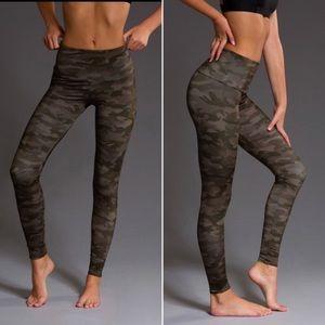 Onzie high waisted camo leggings!